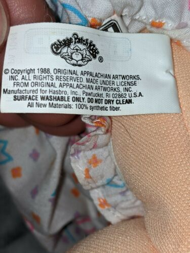 Vintage 1988 Cabbage Patch Doll With Green Eyes - $20.00