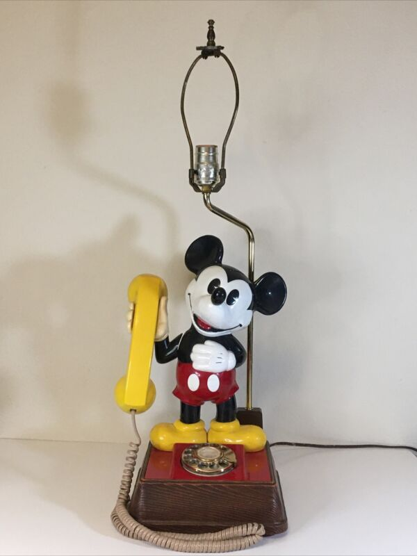 Mickey Mouse Rotary Dial Phone with Lamp Light Model DM1F 8001 Mfg Code 8232