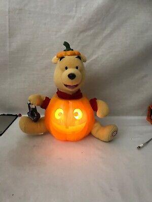 Disney Gemmy Winnie the Pooh Animated Halloween Bear Sings And Dancing 10 Inch