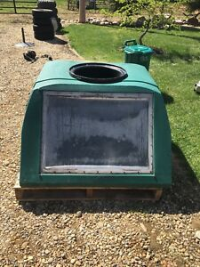 BT Sun tank- solar stock waterer