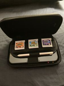 New 3DS XL w Case, Games & Charger