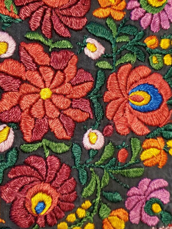 Traditional Hungarian Hand Embroidered Matyo Doily Floral Tablecloth with fringe