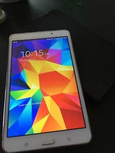 Samsung Galaxy tab 7 inch 8 gig with case
