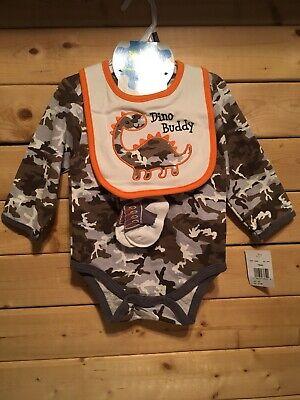 Camo & Orange Bodysuit Bib And Socks Baby Gear Dino Buddy Nwt HUNTING Outdoors