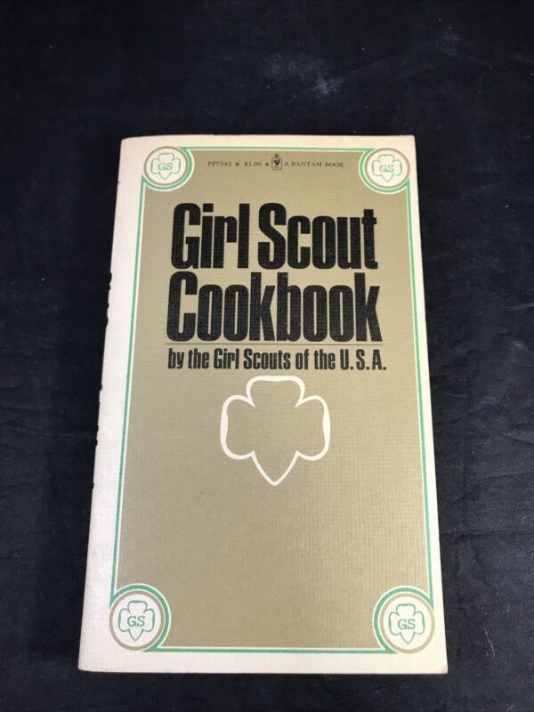Vintage Girl Scout Cookbook Bantam Paperback 1973