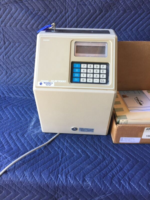 Amano MICORDER MJR7000 Time Clock With Cards