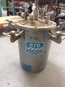 Pressure pot spray paint unit. Hamilton Hill Cockburn Area Preview