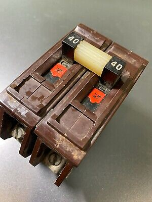 Wadsworth 40 Amp 2 Pole 240v Circuit Breaker Metal Tabs Used