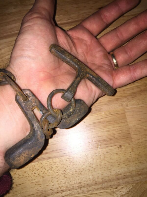 "Metropolitan Police Shackle Handcuff ""COME ALONG"" Patina Collector SOLID METAL"
