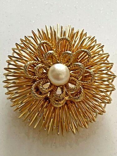Vintage Goldtone Sunburst flower faux peral  Brooch Pin
