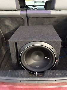 "12"" RockFord FoseGate Subwoofer/Classic Pyramid Amp"
