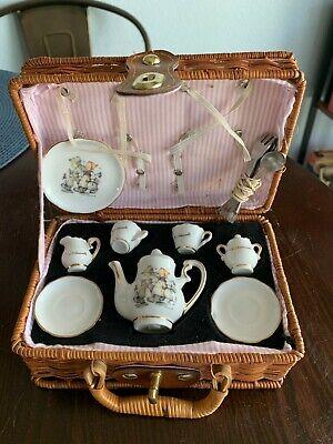 MJ Hummel Reutter Porzellan Mini Tea Set with Picnic Basket