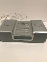 ihome Ipod Speaker Radio Charger Alarm Clock iH8 Gray/silver Tested /Working