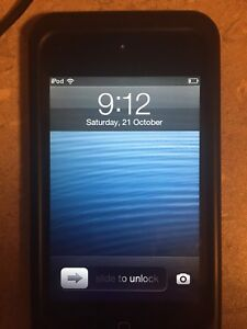 4th gen IPOD Touch 32 gb