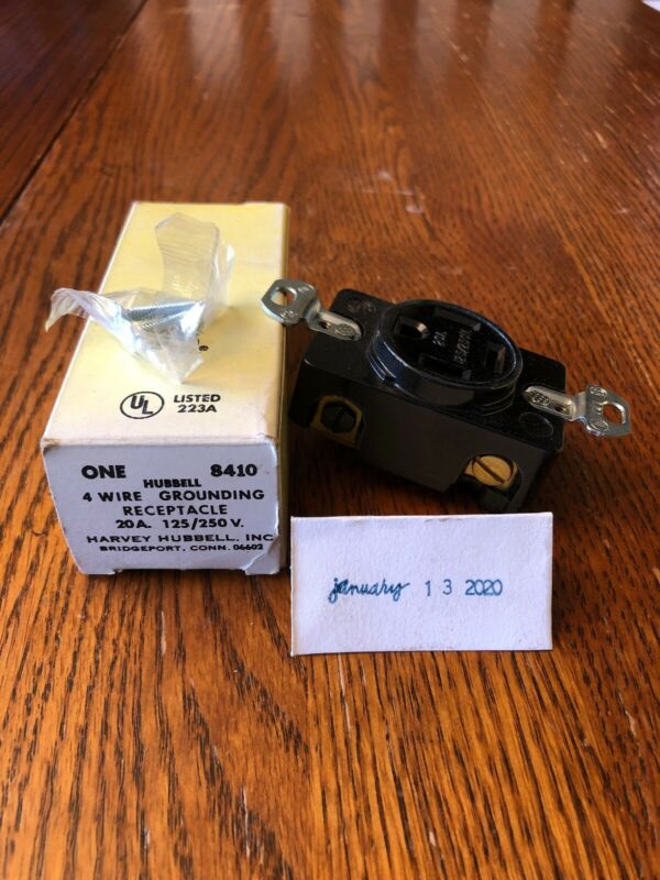 HUBBELL 8410 GROUNDING OUTLET 4 WIRE 20A 125/250V ~NIB