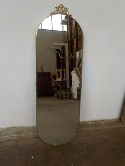 B23057 Large Vintage RETRO Brass Oval Wall Mirror Mount Barker Mount Barker Area Preview