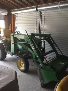 John Deere garden tractor 410