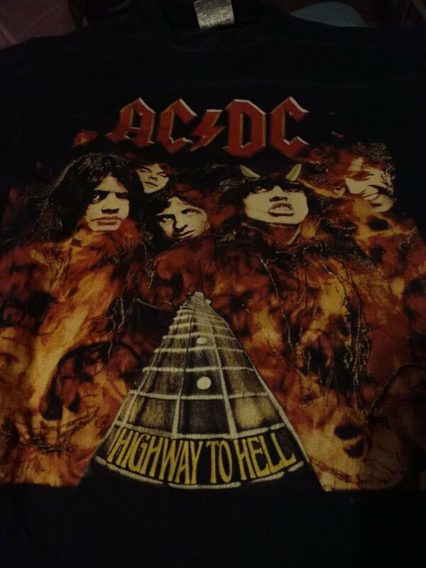 AC/DC collectible vintage T-shirt adult small ,Highway to Hell