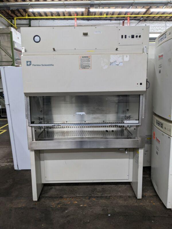 Forma 1200 Biological Safety Cabinet