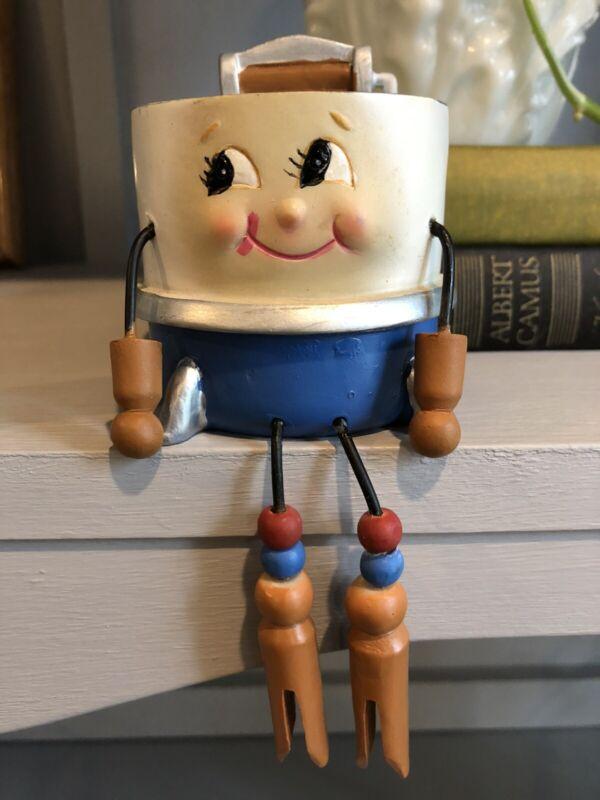 WMG Anthropomorphic Shelf Sitter Wringer Washing Machine Laundry Figurine