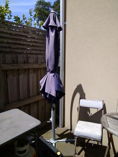 Free outdoor parasol / umbrella  must pick up asap