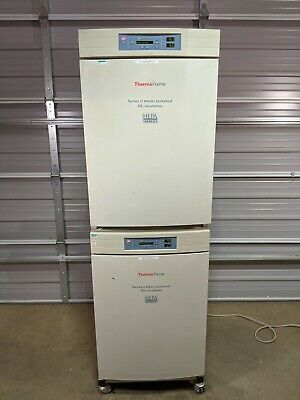 Thermo Forma 3110 Series Ii Dual Double Stacked Water Jacketed Co2 Incubator