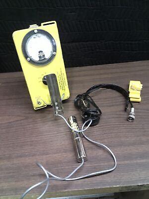 Victoreen Instrument Cdv-700 Model 6a Radiation Detectorgeiger Counter 81710