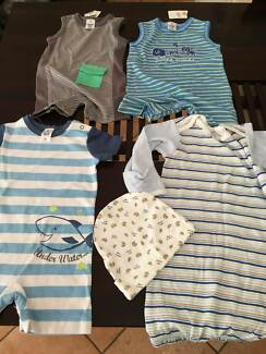 NEW baby clothes size 00