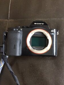 SONY A7S WITH 4 BATTERIES
