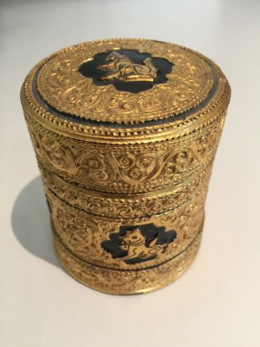 3 1/2 x 3 1/4 Asian Antique Burmese betel nut box, Kun it, Burma lacquerware