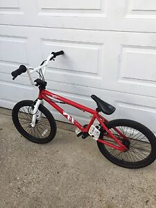 Haro bmx bike with gyro
