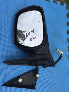 Rav4 00-05 Right electric door mirror Meadow Heights Hume Area Preview