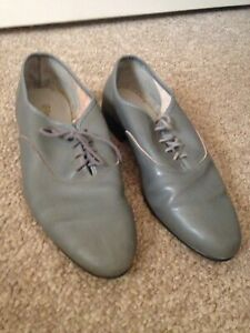 Men's Shoes Grey Leather Size 8 Pre-owned Classic Sunbury Hume Area Preview