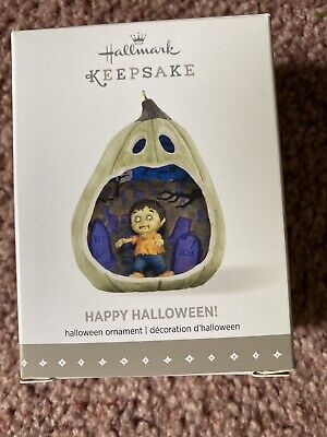 Hallmark Ornament 2015 Happy Halloween - 3rd in Series
