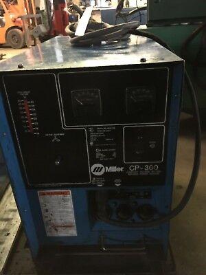 Miller Cp-300 Constant Voltage Dc Arc Welding Power Source