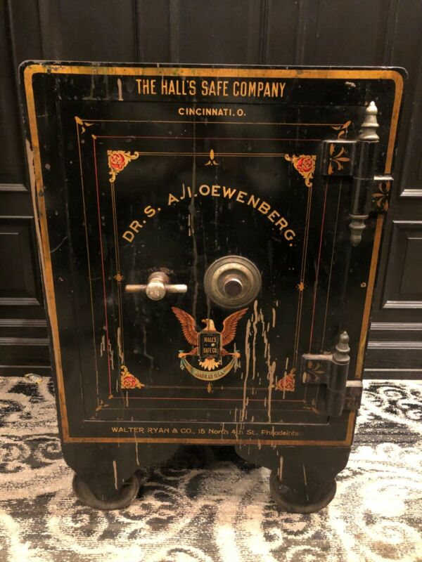 ANTIQUE VINTAGE SAFE - Philadelphia PA - HISTORICAL (Hall