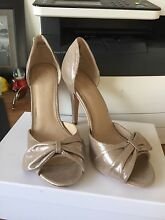 Sparkly gold pewter high heel wedding shoe size 41 Springwood Logan Area Preview