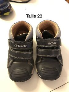 Souliers Geox taille 23
