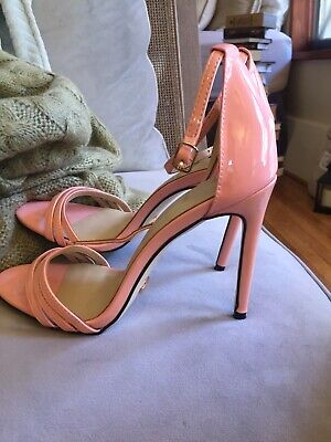 Gucci Shoes 39