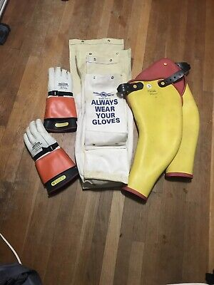 Lineman Salisbury Size 10 Rubber Gloves And Regular Rubber Sleeves Carrying Bag