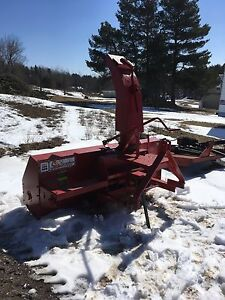 McKee 6 ft snowblower