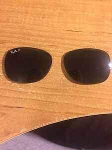 "Ray ban ""new wayfarer"" green polarized lenses"