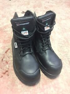CSA Approved Work Boots $80 NOT used SIZE 8 Men's