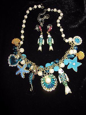 BETSEY JOHNSON SEA EXCURSION FISH CLAM FAUX PEARLS SEA HORSE NECKLACE &  EARRING