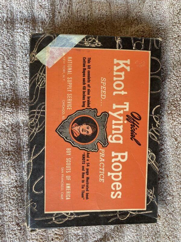 Vintage  Boy Scout Knot tying kit Scouts No 1069