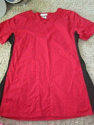 ScrubStar Medical Scrub Top Red Black Print V Neck with Pockets Women's XS  Black Print Scrub