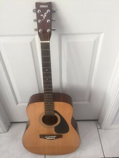 Yamaha acoustic guitar F310P full size 6 strings