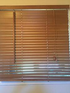 3 x Timber Venetian blinds 25mm 60cm wide x 65 length. Brisbane Eatons Hill Pine Rivers Area Preview