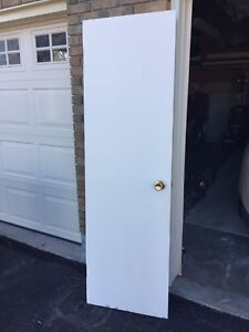 "24"" slab door with Bathroom Lock"