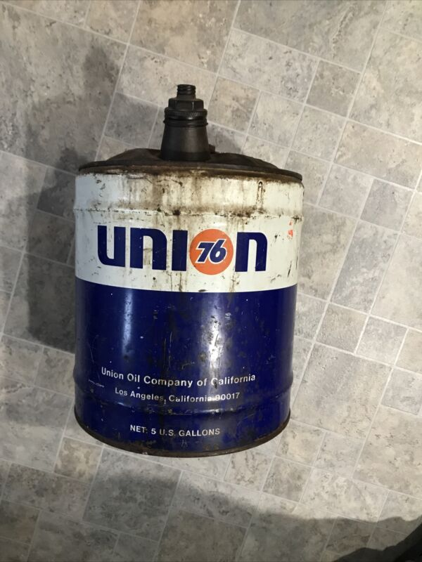 VINTAGE Union 76 - 5 Gallon Gas Can - COOL!